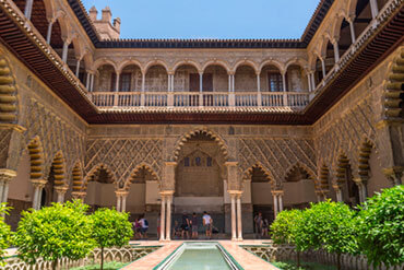 Reales, Alcázares, un palacio de palacios